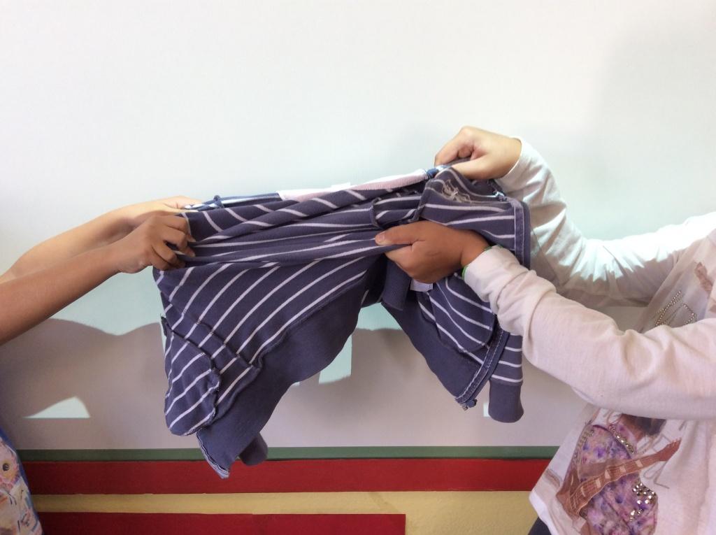 Ρούχα για το σχολείο: απλή ρουτίνα ή ένα καθημερινό μαρτύριο;